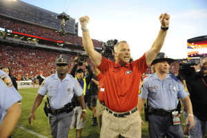 Mark Richt celebrates the 2013 win over LSU. (John Kelley / UGA)