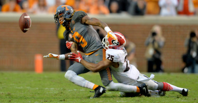 The Bulldogs and Johnathan Abram struggled to bring down Tennessee's offensive play-makers. AJC / BRANT SANDERLIN