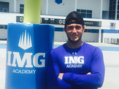 Isaac Nauta will take official visits to UGA, Michigan, Ole Miss, Southern Cal and TCU. (Jeff Sentell / AJC)
