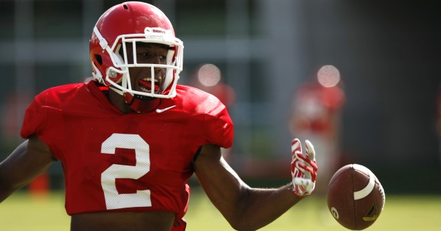 UGA wide receiver Jayson Stanley (2) fails to bring a pass during drills at Wednesday's practice.