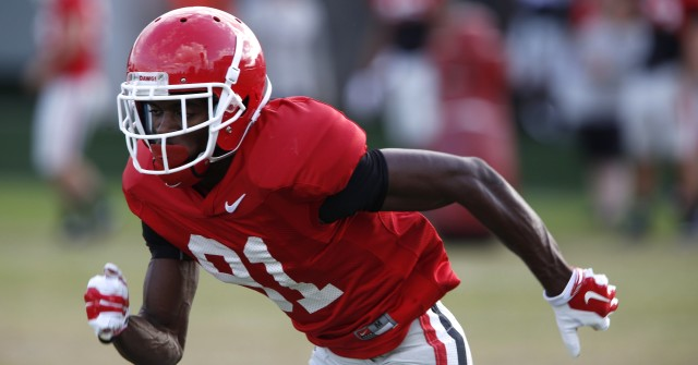 UGA FLK Reggie Davis (81) runs a drill at Thursday's practice. (Joshua L. Jones/Special)