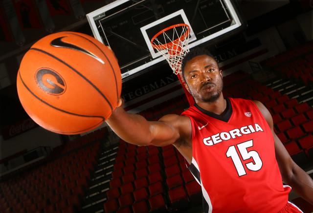 Osahen-Iduwe-by-Curtis-Compton-AJC-UGA-basketball-2015-DRC_8488