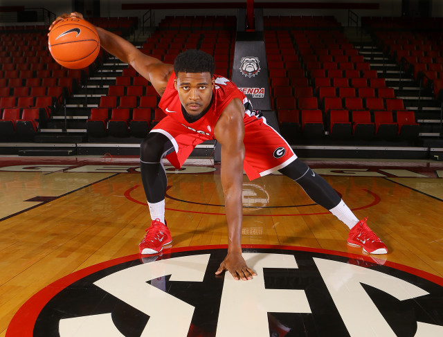Kenny-Gaines-by-Curtis-Compton-AJC-UGA-basketball-2015-DRC_2349