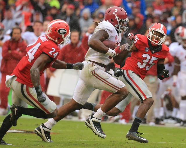 Dominick-Sanders-Aaron-Davis-Derrick-Henry-by-Curtis-Compton-AJC-UGA-vs.-Alabama-2015-DRC_5693