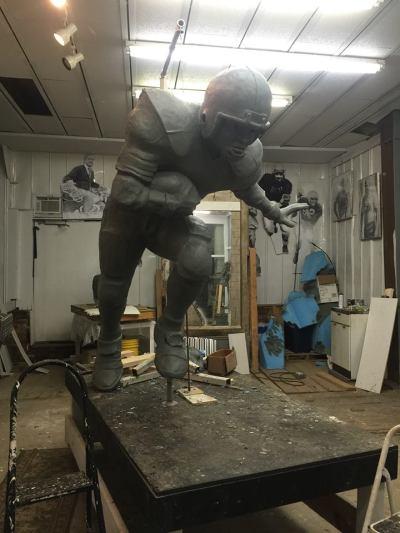 Stan Mullins is well on his way toward finishing his Herschel Walker sculpture in clay. STAN MULLINS