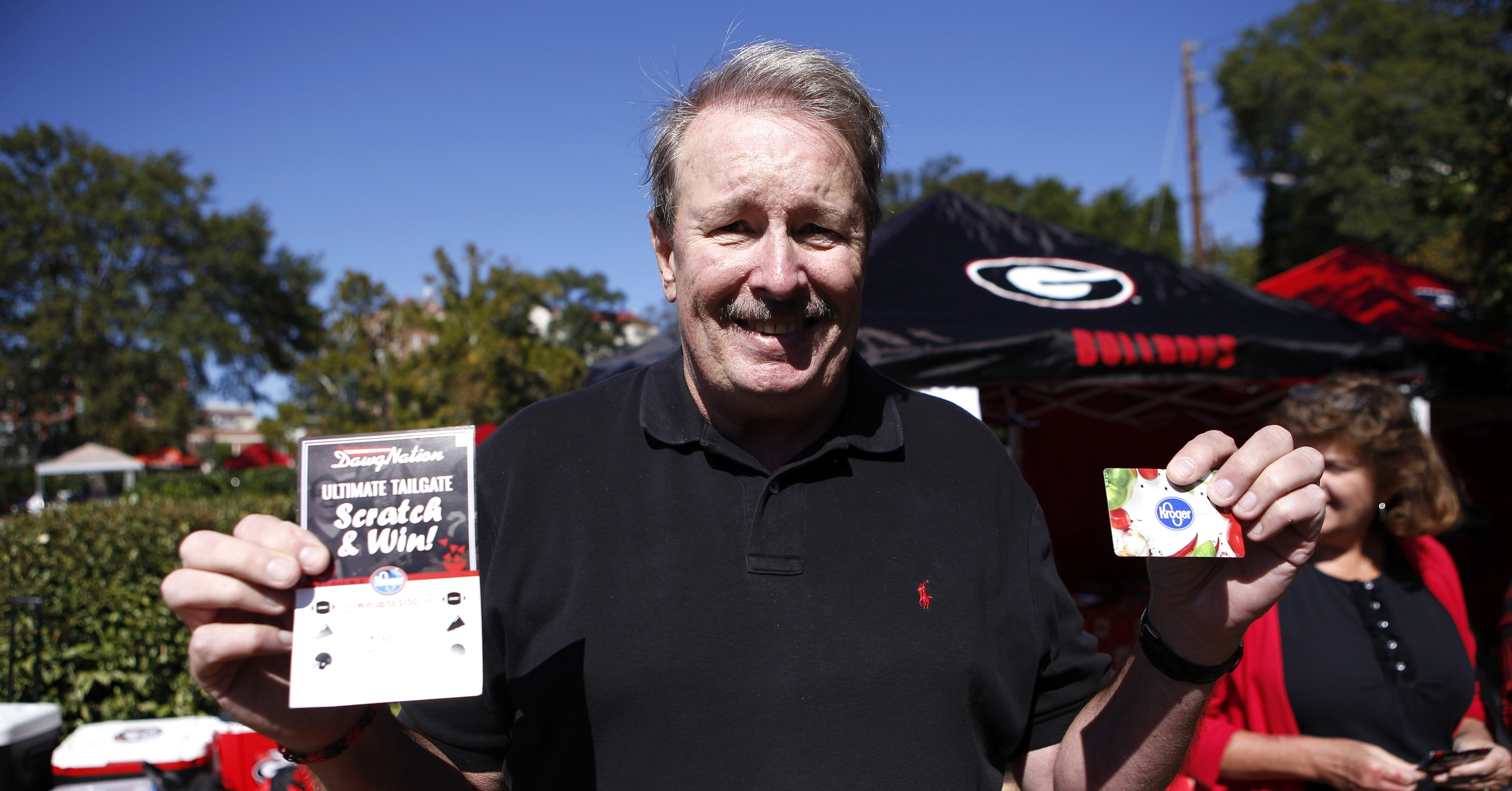 PHOTOS: UGA fans out tailgating for big SEC East showdown