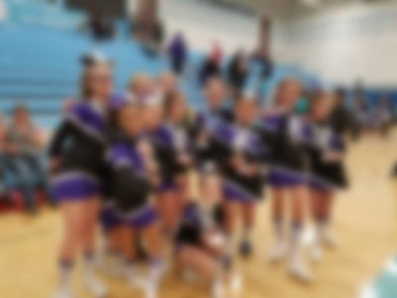 Online Fundraiser for valley park elite cheerleaders by Danielle Maggiolo | Piggybackr
